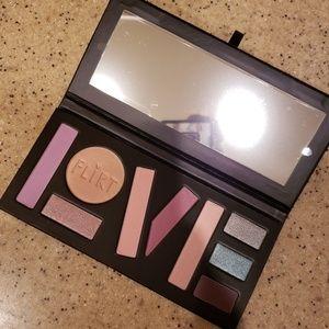 NWT Flirt Love is Sweet 9 Color Eyeshadow Palette